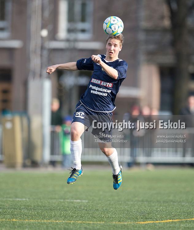Lassi Nurmos. HIFK - AC Oulu. Ykkönen. Helsinki 10.5.2012. Photo: Jussi Eskola
