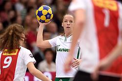 11-04-2015 NED: PKC SWKgroep - TOP Quoratio, Rotterdam<br /> Korfbal Leaguefinale in een volgepakt Ahoy wordt gewonnen door PKC met 22-21 / Suzanne Struik