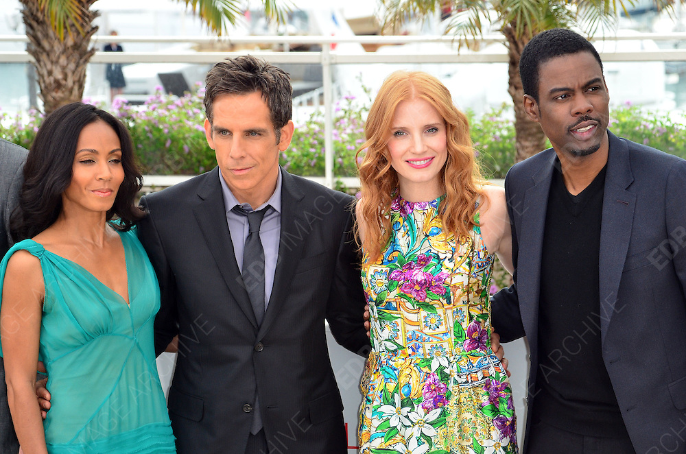 18.MAY.2012. CANNES<br /> <br /> CAST OF MADAGASCAR ATTEND PHOTOCALL AT THE 65TH CANNES FILM FESTIVAL<br /> <br /> BYLINE: EDBIMAGEARCHIVE.COM<br /> <br /> *THIS IMAGE IS STRICTLY FOR UK NEWSPAPERS AND MAGAZINES ONLY*<br /> *FOR WORLD WIDE SALES AND WEB USE PLEASE CONTACT EDBIMAGEARCHIVE - 0208 954 5968*