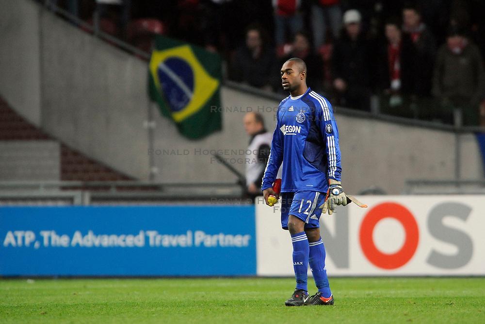 18-03-2009 VOETBAL: UEFA CUP: AJAX - OLYMPIQUE MARSEILLE: AMSTERDAM<br /> Ajax speelt gelijk, 2-2 in de verlenging, en is uitgeschakeld in Europa / Kenneth Vermeer<br /> &copy;2009-WWW.FOTOHOOGENDOORN.NL