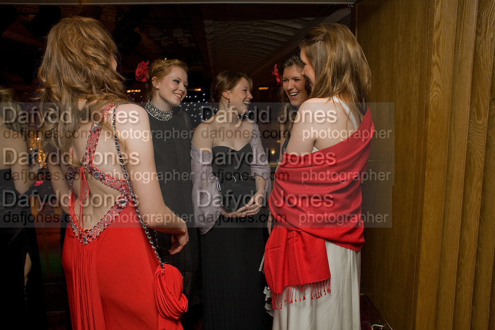 HANNAH RICHARDS; LOLI MCILVENNY; MILLY MCILVENNY; ANTONIA BROWN; HANNA BROWN. The 30th White Knights charity  Ball.  Grosvenor House Hotel. Park Lane. London. 10 January 2009 *** Local Caption *** -DO NOT ARCHIVE-&copy; Copyright Photograph by Dafydd Jones. 248 Clapham Rd. London SW9 0PZ. Tel 0207 820 0771. www.dafjones.com.<br /> HANNAH RICHARDS; LOLI MCILVENNY; MILLY MCILVENNY; ANTONIA BROWN; HANNA BROWN. The 30th White Knights charity  Ball.  Grosvenor House Hotel. Park Lane. London. 10 January 2009