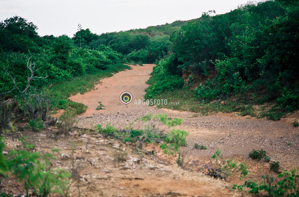 Vaza Barris River, near where, hystorically took place the Canudos War (1896-1897) / Rio Vaza Barris na regiao onde historicamente ocorreu a Guerra de Canudos (1896-1897)