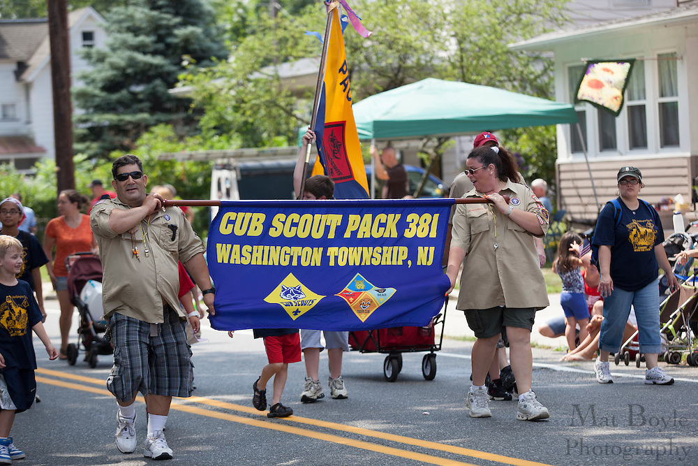 Cub Scout Pack 381 Washington Township, NJ: Pitman 4th of July Parade down Broadway in Pitman NJ on Wednesday July 4, 2012. (photo / Mat Boyle)