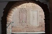alte Reliefs in Sandstein, Altstadt, Buchen, Odenwald, Naturpark Bergstraße-Odenwald, Baden-Württemberg, Deutschland   old town, Buchen, Odenwald, Baden-Wuerttemberg Germany