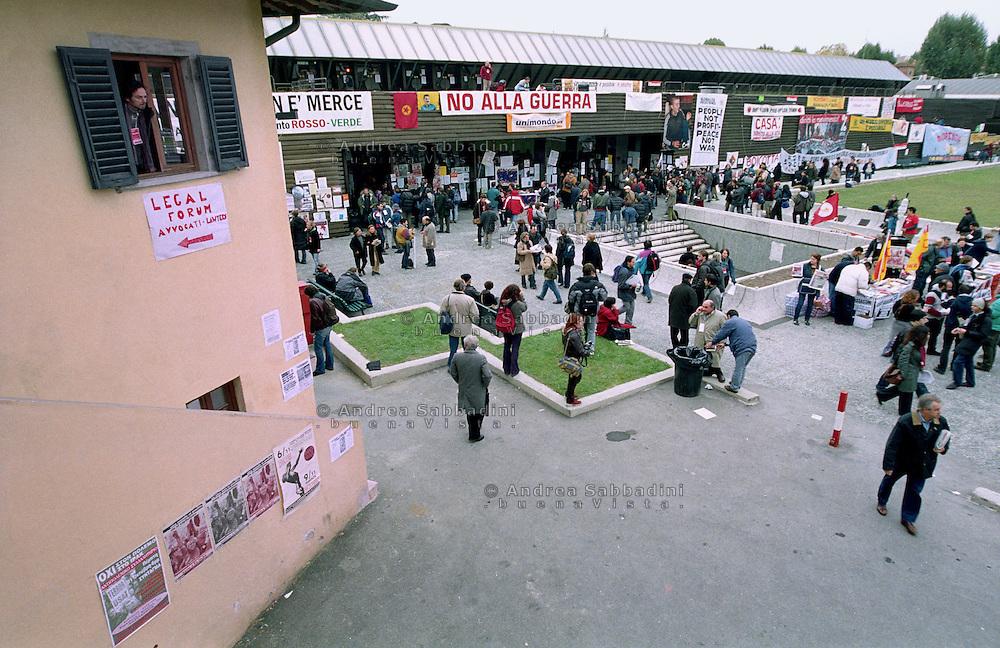 Firenze, 6-9/11/2002: European Social Forum, la Fortezza da Basso.<br /> &copy;Andrea Sabbadini