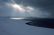 landscapes and fjords in Hammerfest  area  Lapland  Norway        fjords et paysages dans la région de Hammerfest  Laponie,   Norvege       L004795  /  R00330  /  P111368