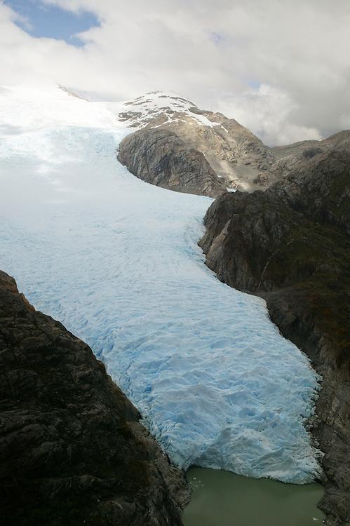 The Gran Campo Nevado glacier in Chile, Jan. 24, 2004. Daniel Beltra/Greenpeace.