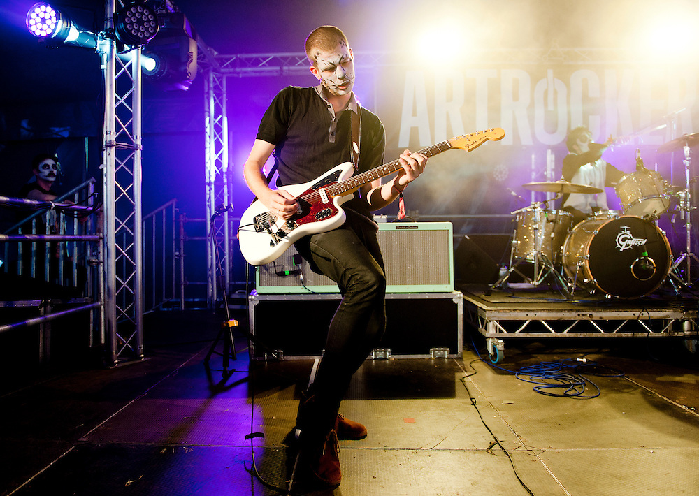 Live at 2000 Trees Festival 2014.