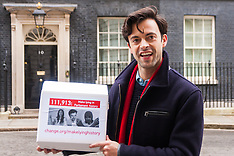 2015-01-07 TV star Jolyon Rubinstein delivers Make Lying History petition to Downing Street