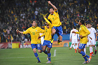 FOOTBALL - FIFA WORLD CUP 2010 - 1/8 FINAL - BRAZIL v CHILE - 28/06/2010 - PHOTO GUY JEFFROY / DPPI - JOY BRAZIL