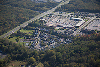 Aerial view of the The Retreat at Newark, commercial student housing property located at 501 Hamlet Way, Newark, DE 19711.