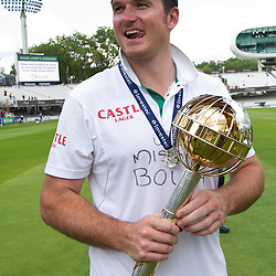 20/08/2012 London, England. South Africa's Graeme Smith with the Mace for becoming the No1 test team in the world after winning the third Investec cricket international test match between England and South Africa, played at the Lords Cricket Ground: Mandatory credit: Mitchell Gunn