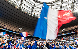 10.06.2016, Parc de Princes, Paris, FRA, UEFA Euro, Frankreich, Frankreich vs Rumaenien, Gruppe A, im Bild Französische Fahnen im Fansektor der Gastgeber // French Flags in the Supporter Sector before Group A match between France and Romania of the UEFA EURO 2016 France at the Parc de Princes in Paris, France on 2016/06/10. EXPA Pictures © 2016, PhotoCredit: EXPA/ JFK
