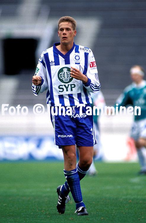 30.04.1994.Veikkausliiga / Finnish League.Mika Kottila - HJK Helsinki.©Juha Tamminen