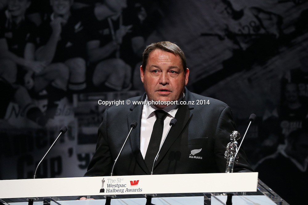 All Black coach Steve Hansen accepts the Sky Sport Coach of the Year Award at the 51st Westpac Halberg Awards. Halberg Disability Sport Foundation. Vector Arena, Auckland, New Zealand. Thursday 13 February 2014. Photo: Fiona Goodall/www.photosport.co.nz