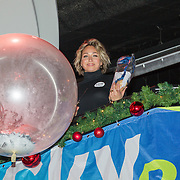 NLD/Hilversum/20151207- Sky Radio's Christmas Tree for Charity, Zangeres Do