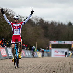 21-12-2019: Cycling : Waaslandcross Sint Niklaas: Florian Richard Andrade wins the juniors race for the second time