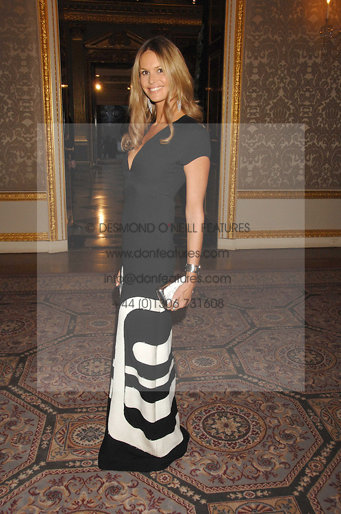 ELLE MACPHERSON at the Ark 2007 charity gala at Marlborough House, Pall Mall, London SW1 on 11th May 2007.<br /><br />NON EXCLUSIVE - WORLD RIGHTS