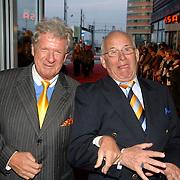 NLD/Rotterdam/20060923 - Premiere Willeke Alberti tour `Goud `, Willibrord Frequin en vriend Pim Juffermans