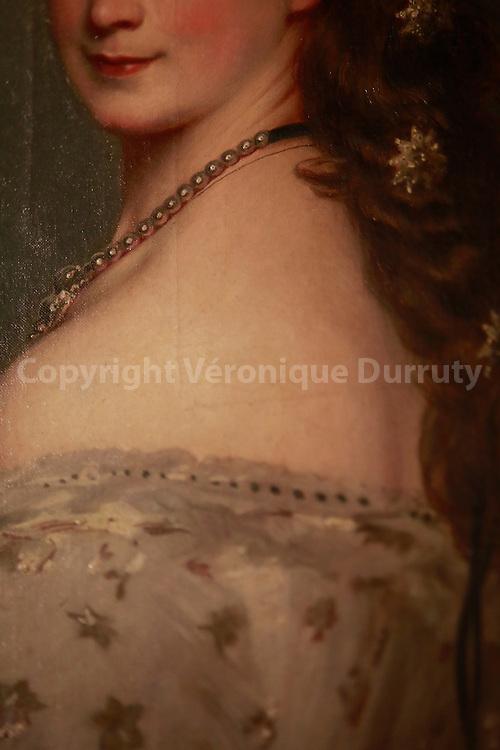 Sisi dress, Vienna, Austria // detil d'une robe de Sissi, Vienne, Austriche