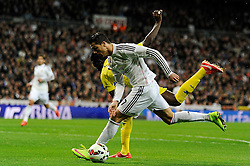 01.03.2015, Estadio Santiago Bernabeu, Madrid, ESP, Primera Division, Real Madrid vs FC Villarreal, 25. Runde, im Bild Real Madrid´s Cristiano Ronaldo and Villarreal CF´s Eric Bailly // during the Spanish Primera Division 25th round match between Real Madrid CF and Villarreal at the Estadio Santiago Bernabeu in Madrid, Spain on 2015/03/01. EXPA Pictures © 2015, PhotoCredit: EXPA/ Alterphotos/ Luis Fernandez<br /> <br /> *****ATTENTION - OUT of ESP, SUI*****