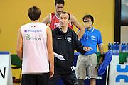 DESCRIZIONE : Folgaria Allenamento Raduno Collegiale Nazionale Italia Maschile <br /> GIOCATORE : Simone Pianigiani<br /> CATEGORIA : coach<br /> SQUADRA : Nazionale Italia <br /> EVENTO :  Allenamento Raduno Folgaria<br /> GARA : Allenamento<br /> DATA : 20/07/2012 <br /> SPORT : Pallacanestro<br /> AUTORE : Agenzia Ciamillo-Castoria/GiulioCiamillo<br /> Galleria : FIP Nazionali 2012<br /> Fotonotizia : Folgaria Allenamento Raduno Collegiale Nazionale Italia Maschile <br />  Predefinita :