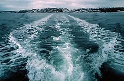 SWEDEN FJALLBACKA JAN04 - Tailwave of a fishing boat leaving Fjallbacka harbour in winter.. . jre/Photo by Jiri Rezac. . © Jiri Rezac 2004. . Contact: +44 (0) 7050 110 417. Mobile:  +44 (0) 7801 337 683. Office:  +44 (0) 20 8968 9635. . Email:   jiri@jirirezac.com. Web:    www.jirirezac.com.