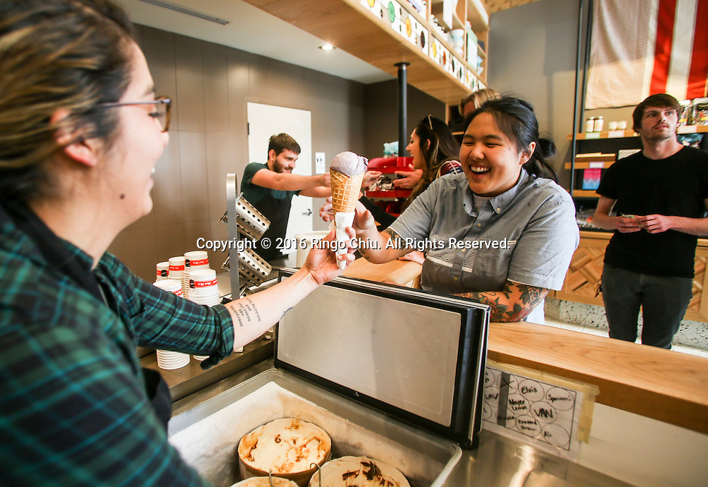 Clerks serves ice cream at Salt &amp; Straw ice cream shop in Venice.<br /> (Photo by Ringo Chiu/PHOTOFORMULA.com)<br /> <br /> Usage Notes: This content is intended for editorial use only. For other uses, additional clearances may be required.