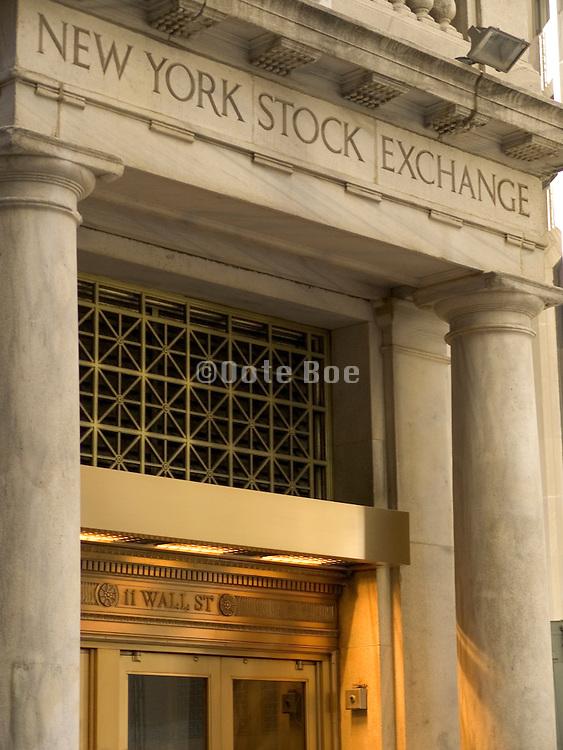 entrance NY stock exchange 11 Wall street