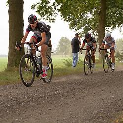 Ellen van Dijk leads the bunch