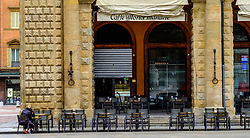 Tables outside a cafe in the Piazza Maggiore, Bologna, Italy<br /> <br /> (c) Andrew Wilson | Edinburgh Elite media