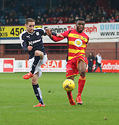Dundee&rsquo;s Nick Ross and Partick Thistle&rsquo;s David Amoo - Dundee v Partick Thistle, Ladbrokes Premiership at Dens Park<br /> <br />  - &copy; David Young - www.davidyoungphoto.co.uk - email: davidyoungphoto@gmail.com