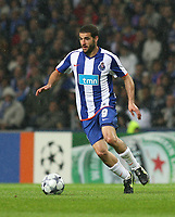 20090415: PORTO, PORTUGAL - FC Porto vs Manchester United: Champions League 2008/2009 – Quarter Finals – 2nd leg. In picture: Lisandro Lopez . PHOTO: Manuel Azevedo/CITYFILES