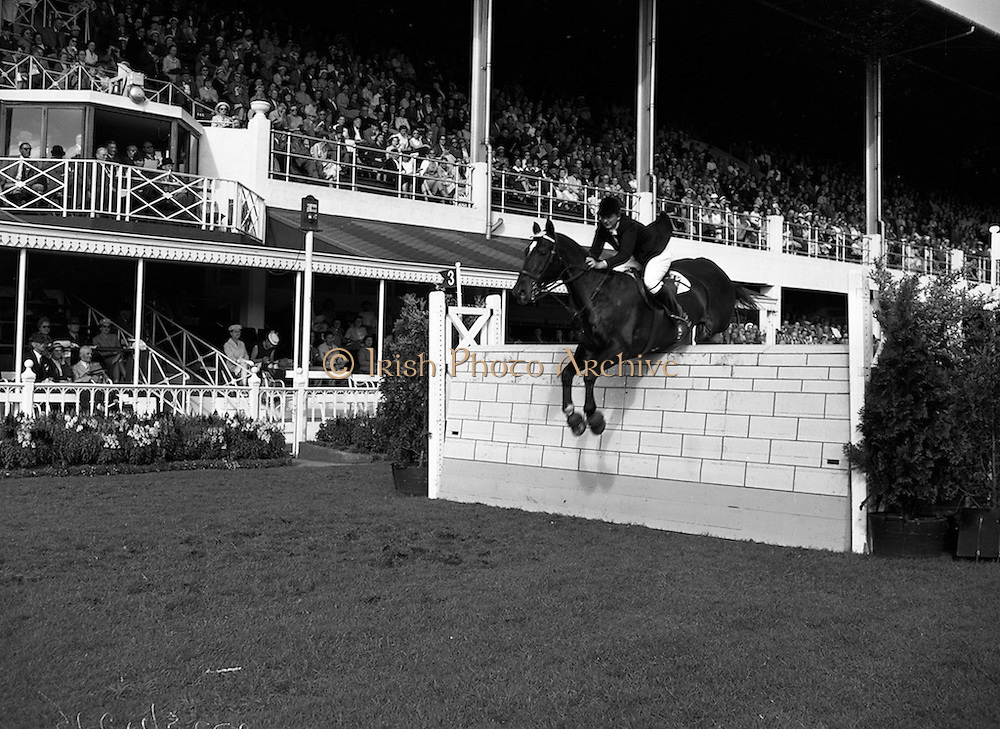 7/8/1958<br /> 8/7/1958<br /> 07 August 1958<br /> <br /> R.D.S. Horse Show Jill Banks Jumping