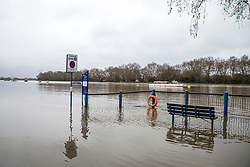 © Licensed to London News Pictures. 02/01/2018. London, UK. Flood water covers the roads along the embankment at Putney in West London where the River Thames has broken its banks. Photo credit: Rob Pinney/LNP
