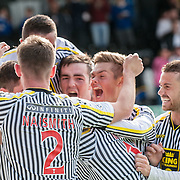 St Mirren players celebrate Kenny McLean's equalising goal. Action from the St Mirren v Celtic game in the Scottish Premiership at St Mirren Park in Paisley, 27 September 2014. (c) Paul J Roberts / Sportpix.org.uk