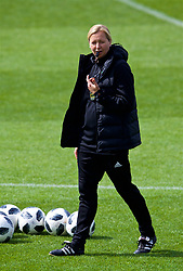 NEWPORT, WALES - Thursday, August 30, 2018: Wales' manager Jayne Ludlow during a training session at Rodney Parade ahead of the final FIFA Women's World Cup 2019 Qualifying Round Group 1 match against England. (Pic by David Rawcliffe/Propaganda)