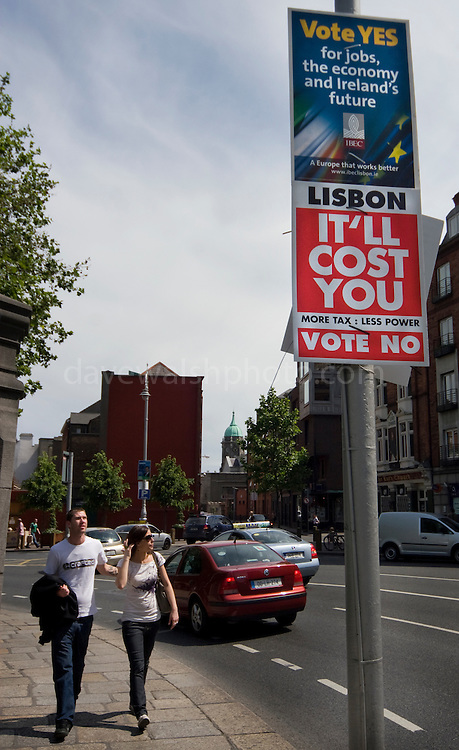 Editorial Use Only: Lisbon Treaty Referendum in Ireland - yes or no? The vote takes places on 12 June 2008. As of June 6th, the no-vote was reportedly overtaking the yes campaign...