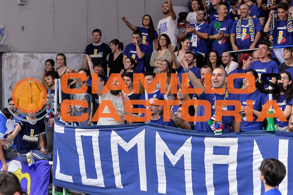 DESCRIZIONE : Beko Legabasket Serie A 2015- 2016 Dinamo Banco di Sardegna Sassari - Pasta Reggia Juve Caserta<br /> GIOCATORE : Commando Ultra' Dinamo<br /> CATEGORIA : Ultras Tifosi Spettatori Pubblico<br /> SQUADRA : Dinamo Banco di Sardegna Sassari<br /> EVENTO : Beko Legabasket Serie A 2015-2016<br /> GARA : Dinamo Banco di Sardegna Sassari - Pasta Reggia Juve Caserta<br /> DATA : 03/04/2016<br /> SPORT : Pallacanestro <br /> AUTORE : Agenzia Ciamillo-Castoria/L.Canu