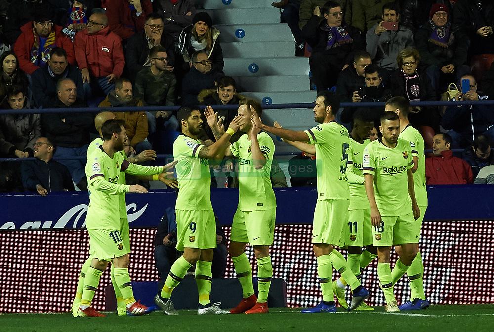 صور مباراة : ليفانتي - برشلونة 0-5 ( 16-12-2018 )  20181216-zaa-a181-017