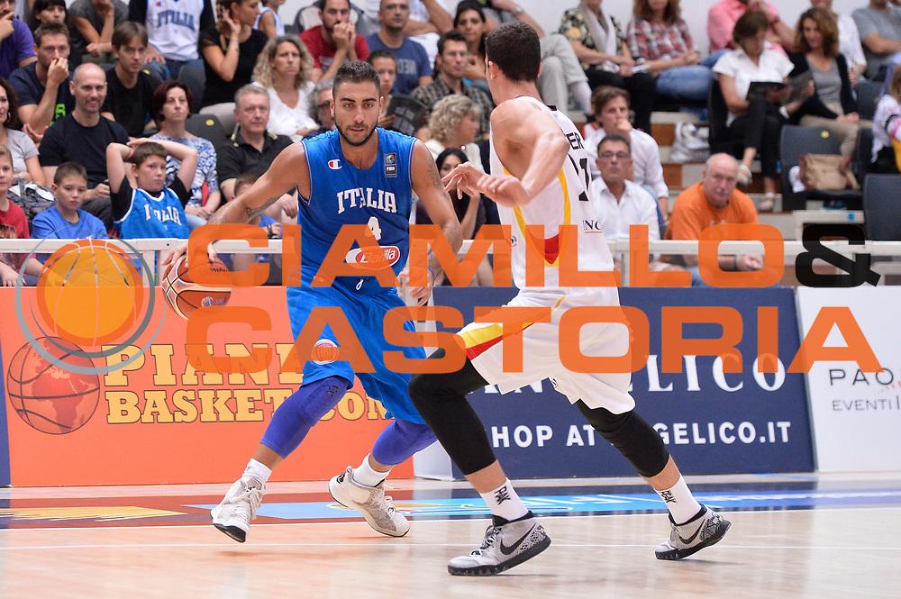 DESCRIZIONE : Trento Nazionale Italia Uomini Trentino Basket Cup Italia Germania Italy Germany <br /> GIOCATORE : Pietro Aradori<br /> CATEGORIA : palleggio<br /> SQUADRA : Italia Italy<br /> EVENTO : Trentino Basket Cup<br /> GARA : Italia Germania Italy Germany<br /> DATA : 01/08/2015<br /> SPORT : Pallacanestro<br /> AUTORE : Agenzia Ciamillo-Castoria/R.Morgano<br /> Galleria : FIP Nazionali 2015<br /> Fotonotizia : Trento Nazionale Italia Uomini Trentino Basket Cup Italia Germania Italy Germany