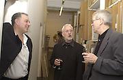 Bernard Jacobson, Lee Konitz and Mark Vaux. Lee Konitz  jazz performance at the Bernard Jacobson Gallery. 26 November 2002. © Copyright Photograph by Dafydd Jones 66 Stockwell Park Rd. London SW9 0DA Tel 020 7733 0108 www.dafjones.com