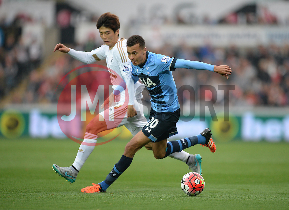 Dele Alli of Tottenham Hotspur - Mandatory byline: Alex James/JMP - 07966 386802 - 04/10/2015 - FOOTBALL - Liberty stadium - Swansea, England - Swansea City  v Tottenham hotspur - Barclays Premier League