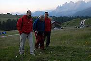 I Suoni delle Dolomiti l'alba con Margherita al rifugio Fuciade 21-07-2007 © foto Daniele Mosna