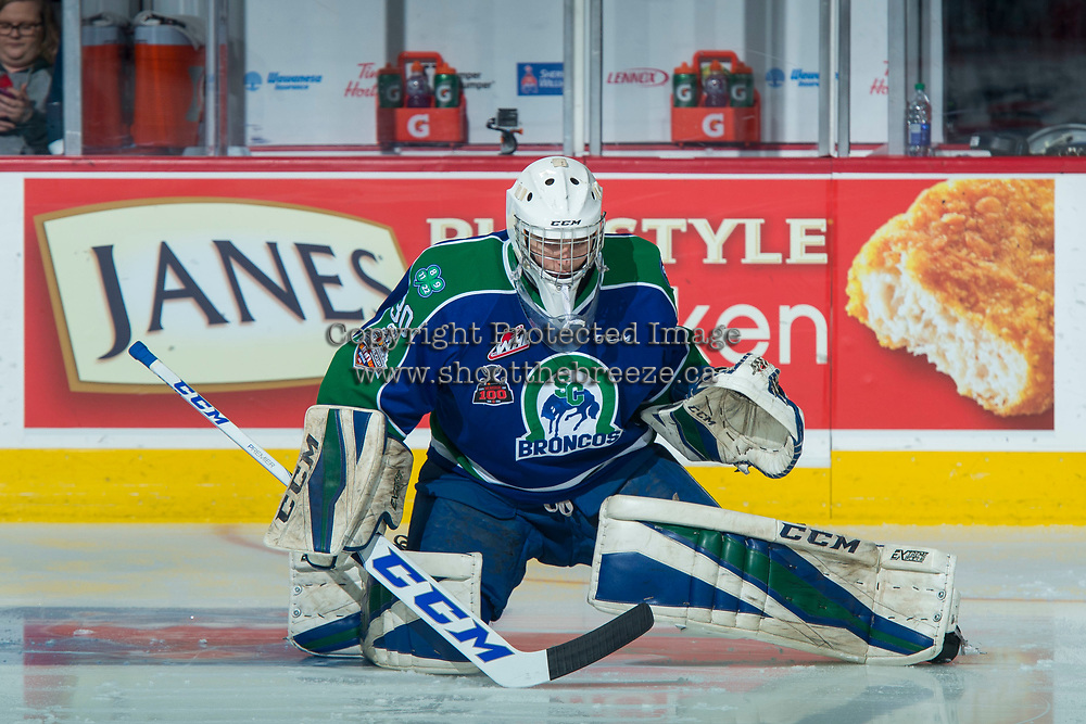 REGINA, SK - MAY 23: Joel Hofer #30 of the Swift Current Broncos warms up against the Regina Pats at the Brandt Centre on May 23, 2018 in Regina, Canada. (Photo by Marissa Baecker/CHL Images)