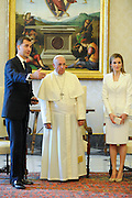 Pope Francis has met His Majesty of Spain Felipe VI and the Queen Letizia in a private hearing in Vatican.<br /> &copy;Giuseppe Giglia/Vatican Pool