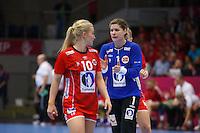 Frederikshavn, Danmark:<br /> IHF VM  H&aring;ndbold for kvinder Danmark 2015 Norge- Rusland, Kari Aalvik Grimsb&oslash;,Stine Oftedal<br /> Fotograf: Morten Olsen<br /> <br /> Frederikshavn, Denmark:<br /> Norway - Russia<br /> IHF Women&acute;s Handball World Championship Denmark 2015, Kari Aalvik Grimsby,Stine Oftedal<br /> <br /> Photographer: Morten Olsen