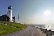 Nederland, Urk, 19-2-2015Zicht op de vuurtoren van het dorp, voormalige eiland.  View of lighthouse of the fishing village and former island. Foto: Flip Franssen/Hollandse Hoogte