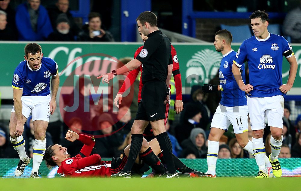 Zlatan Ibrahimovic of Manchester United reacts after colliding with Leighton Baines of Everton - Mandatory by-line: Matt McNulty/JMP - 04/12/2016 - FOOTBALL - Goodison Park - Liverpool, England - Everton v Manchester United - Premier League