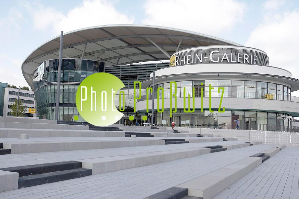 Ludwigshafen. Rheingalerie. Shopping Mall. Einkaufspassage im XXL Format. Ende September 2010 soll das Millionen Bauprojekt am Rhein er&circ;ffnet werden.<br /> <br /> <br /> Bild: Markus Proflwitz / masterpress /  <br /> <br />  *** Local Caption *** masterpress Mannheim - Pressefotoagentur<br /> Markus Proflwitz<br /> Hauptstrafle 131<br /> 68259 MANNHEIM<br /> +49 621 33 93 93 60<br /> info@masterpress.org<br /> Commerzbank<br /> BLZ 67080050 / KTO 0650687000<br /> DE221362249